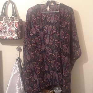 Xhiliration XL/XXL Floral cover-up
